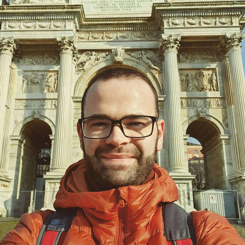 Milan_DuomoSelfie.jpg